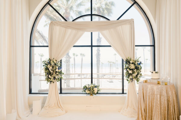 Greco-waterfront-hilton-wedding-decor-17